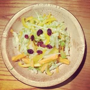 白菜と柿のサラダ