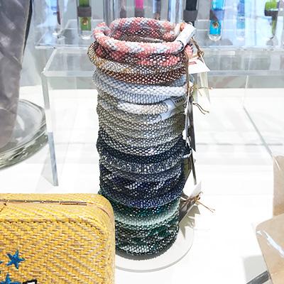Aid Through Trade™ Roll-On® Bracelet(エイドスロー トレード ロールオンブレスレット)