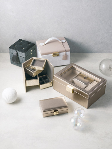Graceful Jewelry Box